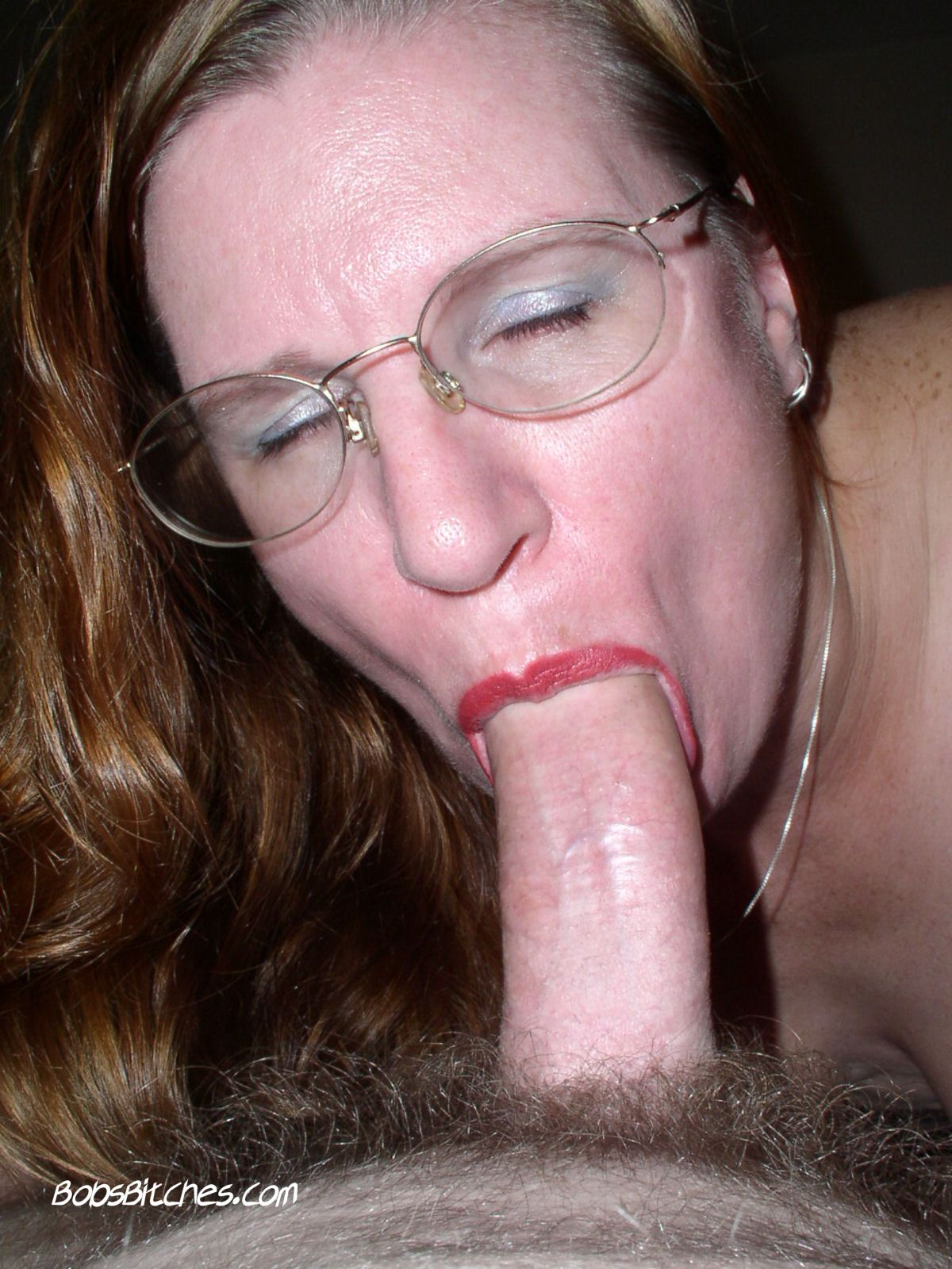 Milf Karen gives an amazing blowjob.